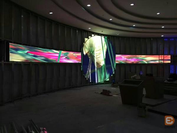 鼎恩光彩LED显示屏